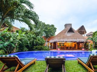Villa Laguna Encantada, Up to 18 guests Akumal - Akumal vacation rentals