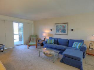 Old Town Scottsdale Condo - Walk to all - - Scottsdale vacation rentals