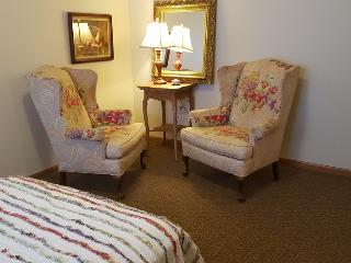 Beloit College Area Guest House - Beloit vacation rentals