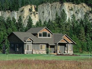 Nice House with Internet Access and Dishwasher - Leavenworth vacation rentals