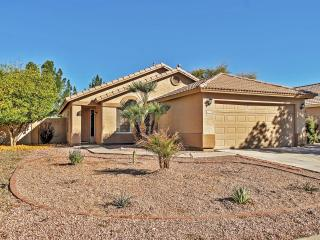 Ideally Located 4BR Gilbert House w/Private Patio & Sizable Yard - Close to Phoenix, Great Shopping, Restaurants, Numerous Golf Courses, Superstition Mountains & Much More! - Gilbert vacation rentals
