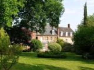 Maison historique de charme chaleureuse - Arques-la-Bataille vacation rentals