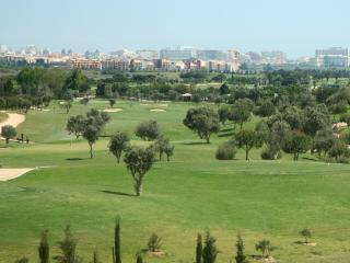 Luxury 2 bed en-suite south facing & Golf view - Vilamoura vacation rentals