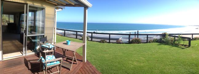 Perfect 2 bedroom Ahipara Condo with Internet Access - Ahipara vacation rentals