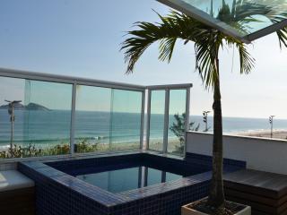Cobertura romântica frente mar - Rio de Janeiro vacation rentals