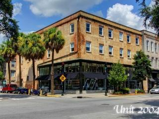 New Broughton St. (4) Condo Downtown Savannah - Savannah vacation rentals