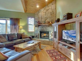 Rustic home w/ private hot tub; mountain views & fireplace - Park City vacation rentals