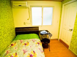 Kimchee Hongdae Guesthouse - Double Private Room - 1 - Seoul vacation rentals