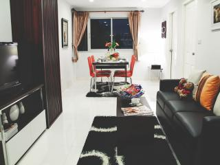 PP PLUS MANSION (2 BEDROOM APARTMENT- 70 Sq.M) - 8 - Bangkok vacation rentals