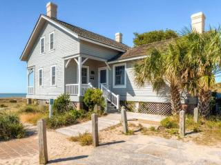 Nice 3 bedroom House in Bald Head Island with Internet Access - Bald Head Island vacation rentals