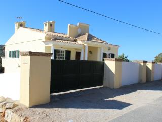 Nice Villa with Internet Access and Balcony - Loule vacation rentals