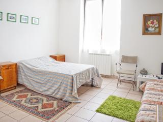 Apartment Passenger - Residence Victoria - Como vacation rentals