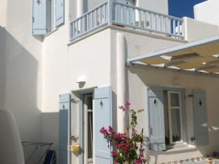 Fairy-tale home steps from sea! - Piso Livadi vacation rentals