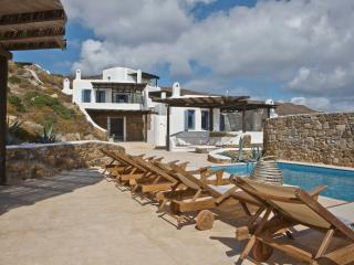 Mykonos Panormos 2 Bedroom Villas, sharing pool - Panormos vacation rentals