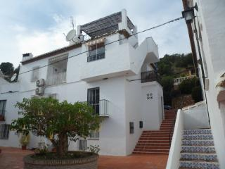 Casa Jose ovedrlooking the Ocean - Nerja vacation rentals