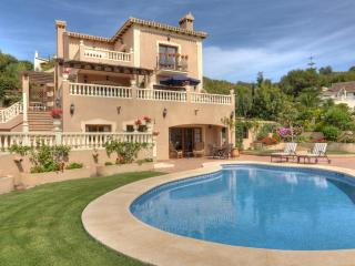 Beautiful 2 Bedroom Apartment in La Manga Club - Los Belones vacation rentals