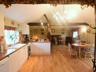 Buckinghamshire - Harvest Moon Barn - sleep four - Buckingham vacation rentals