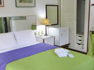 Catavento Guest-house (Quíntuplo) - Buzios vacation rentals