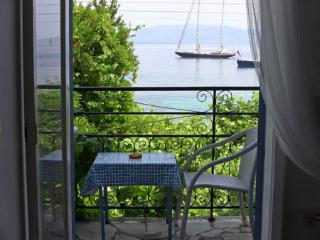 Sea view apartment right on the beach of Kalami - Kalami vacation rentals