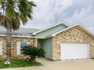 "3BR/2BA Upgraded, Spacious House in Safe Harbor, Sleeps 8 ""THE PLACE TO BE!"" - Port Aransas vacation rentals"