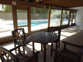 3 bedroom, 3 baths, pool and close to beach & golf - Dunedin vacation rentals