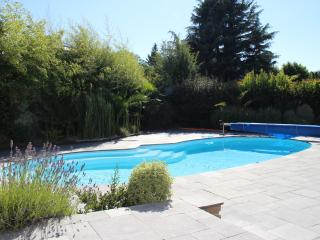 Bright Dinard Studio rental with Dishwasher - Dinard vacation rentals