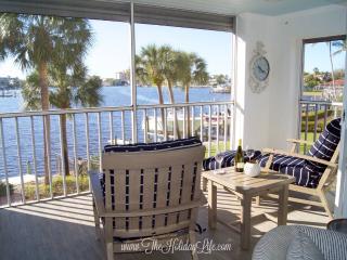 Chateau Vanderbilt 204 - Coastal Luxe Condo - Naples vacation rentals