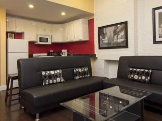 COZY AND FURNISHED 4 BEDROOM APARTMENT IN NEW YORK - New York City vacation rentals
