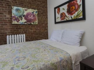 Homey 3 Bedroom Apartment in New York - Open Kitchen - New York City vacation rentals