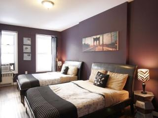 2 bedroom Condo with Internet Access in Manhattan - Manhattan vacation rentals