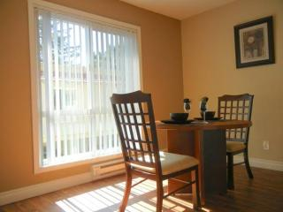 BEAUTIFULLY FURNISHED 2 BEDROOM APARTMENT - Cupertino vacation rentals