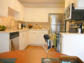 2 bedroom Condo with Internet Access in Cupertino - Cupertino vacation rentals