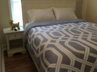 Furnished 1-Bedroom Apartment at California Dr & Palm Dr Burlingame - Hillsborough vacation rentals