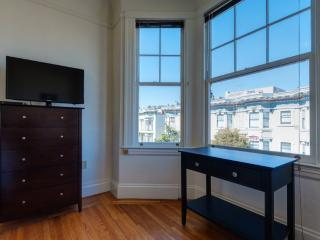 Inviting Vibe and Charm One Bedroom One Bathroom Studio - San Francisco vacation rentals