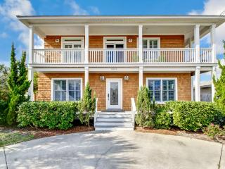 Nice House with Deck and Internet Access - Fernandina Beach vacation rentals