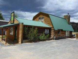 Rustic Retreat, In The Heart Of Duck Creek Village - Zion National Park vacation rentals