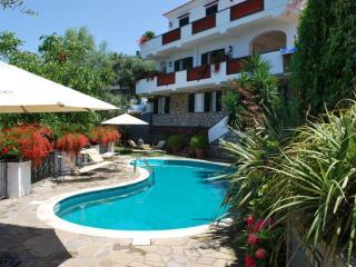 DOMINO HOUSE SORRENTO CAPO - Sorrento vacation rentals