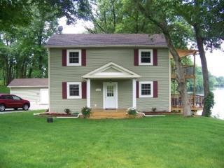 Beautiful House with A/C and Satellite Or Cable TV - Winamac vacation rentals