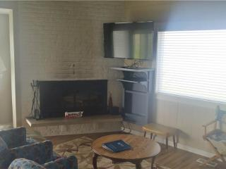 3 bedroom Condo with Water Views in Gearhart - Gearhart vacation rentals