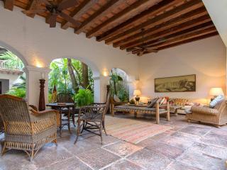 Scenic 5 Bedroom Villa in Old Town - Cartagena vacation rentals