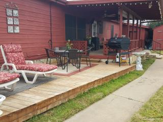 Family Friendly Getaway on Canal - Granbury vacation rentals