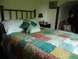Romantic 1 bedroom Oroville Bed and Breakfast with Internet Access - Oroville vacation rentals