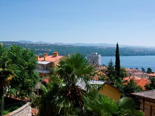 Apartment Ural for 4 persons near the center of Opatija - Opatija vacation rentals