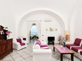 Vicaria, few steps from the sea, terrace sea view - Minori vacation rentals