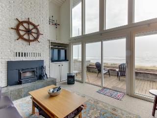 Modern beach home w/sweeping oceanfront views. Walk to town! - Rockaway Beach vacation rentals
