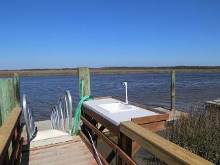 "3737 Docksite Rd - ""Bay Thyme"" - Edisto Beach vacation rentals"