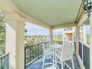 North Shore 401, Penthouse 3 bedroom, Rooftop Pool, Walk to Beach, Sleeps 10 - Forest Beach vacation rentals