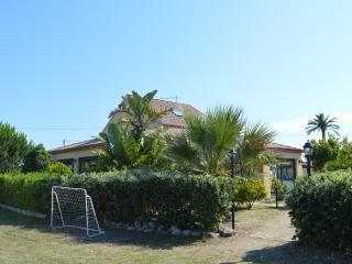 1 bedroom Villa with A/C in Torre Faro - Torre Faro vacation rentals