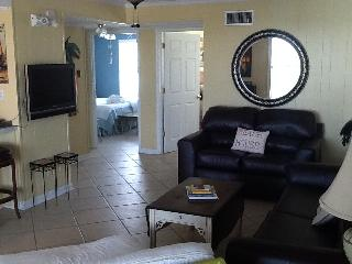 A Place in the Sun - Adorable Beach Cottage - Eastpoint vacation rentals