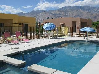 Bright Poolside Palm Springs Condo – Sleeps 8 - Palm Springs vacation rentals